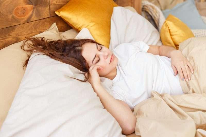 Hacer ejercicios antes de dormir te ayuda a descansar